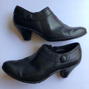 BORN Calixta Black Leather Heel Booties Side Zip